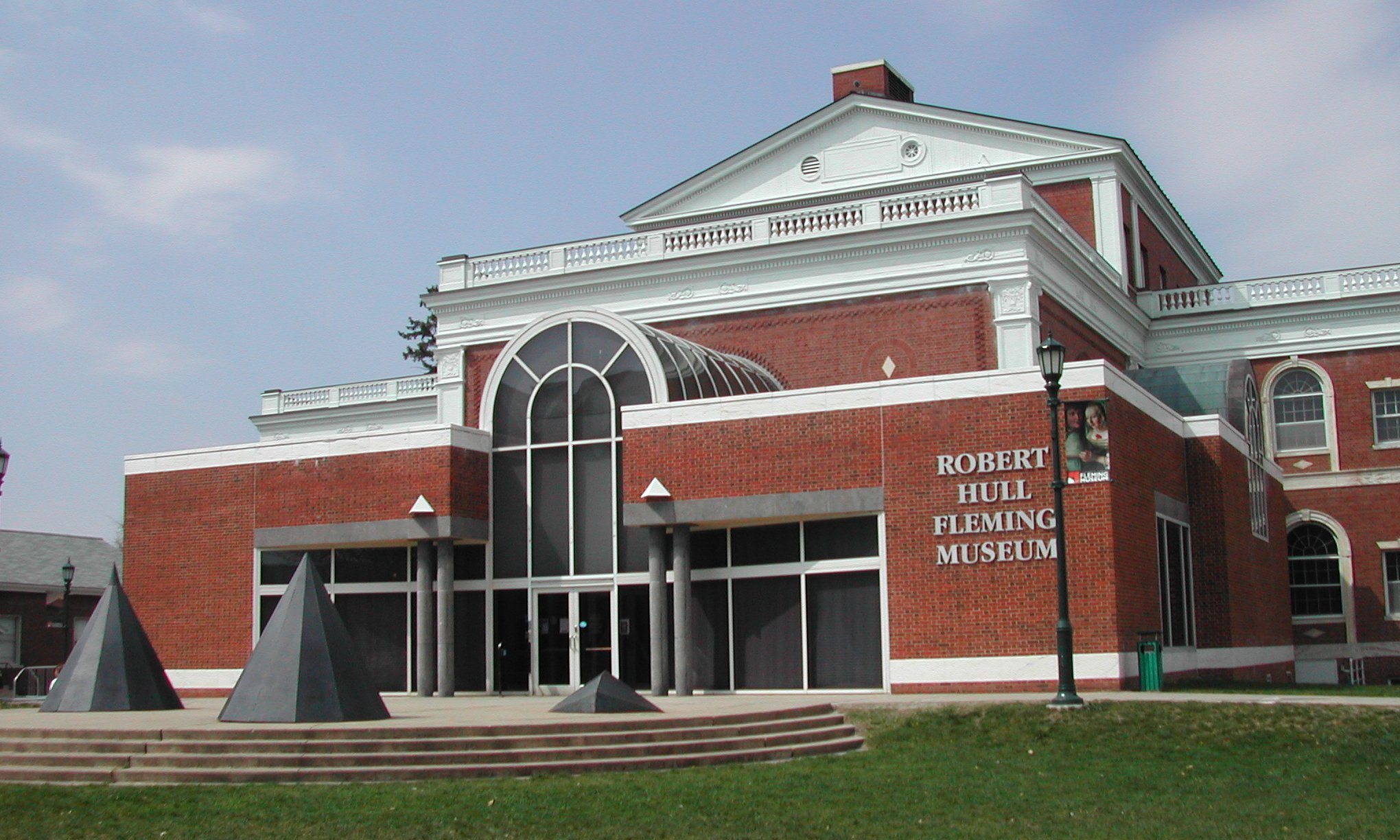 Robert Hull Fleming Museum
