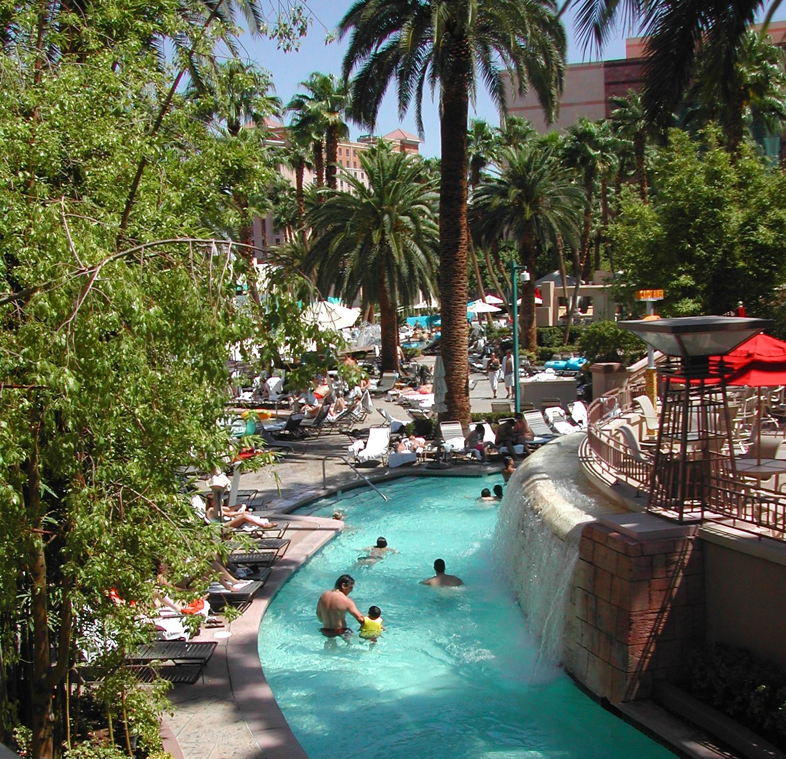 Hotels In Vegas That Have Lazy River