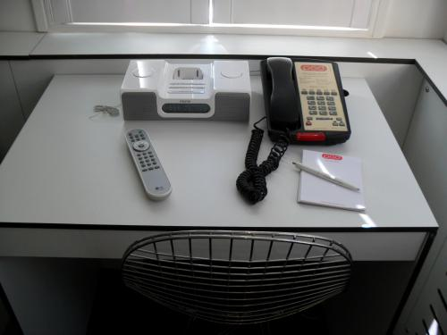 Pod Single Room Desk