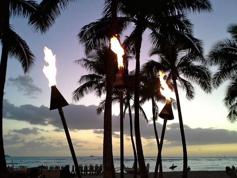 Post image for The Kuhio Beach Torch Lighting Ceremony